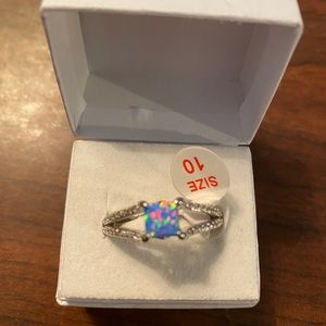 Ring bomb party size 10 Baby blue fire opal